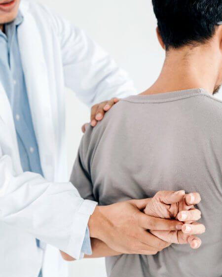 chiropractor-img-7.jpg
